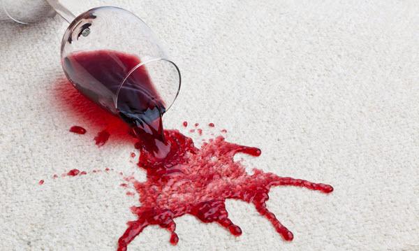 ¡Manchar las alfombras puede ayudar a evitar que las alfombras de su cliente se arruinen!