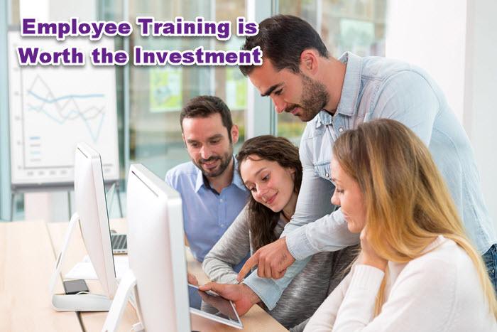 La formación de empleados en línea vale la pena invertir